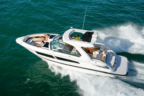 four winns boat sizes four winns horizon 350 sea magazine
