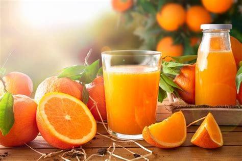 libro jus dorange 1 initiation doit on encore boire du jus d orange le matin magazine en ligne sur la sant 233 naturelle