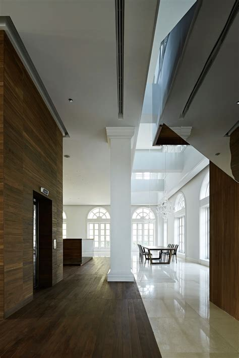 yamaguchi martin architects house in pakse by makoto yamaguchi design elusive magazine