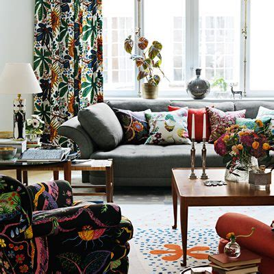 sofa liljevalch josef frank svenskt tenn