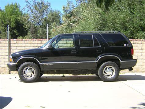 Blazer Salur List Black 1995 1999 amazing auto world