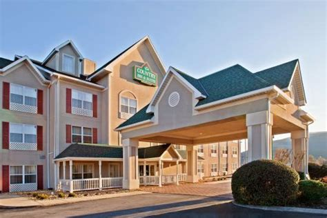 comfort inn chattanooga tn i 75 country inn suites by carlson chattanooga i 24 west