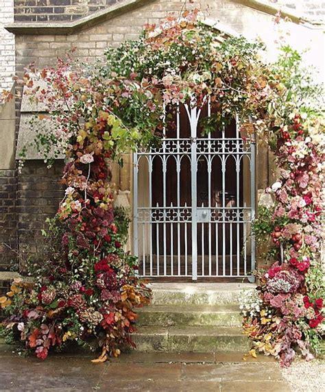 Wedding Gate Background by Gorgeous Arch Framing Iron Gate Wedding Flowers Arch