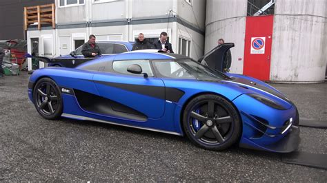 koenigsegg one blue 4k koenigsegg one 1 cold revs in matte blue outside