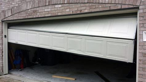 Garage Door Repair by Garage Door Repair King S 24 Hour Emergency Callout