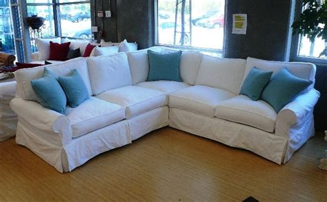 White Slipcovered Sofa by 21 Best Images About White Sofas On City