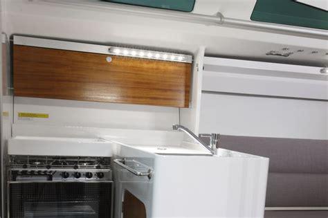 irc section 1245 m a t yelkenli yatları yeni m a t 1245 tanıtım 11 mutfak