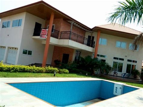 5 bedroom house with swimming pool for sale at trasacco