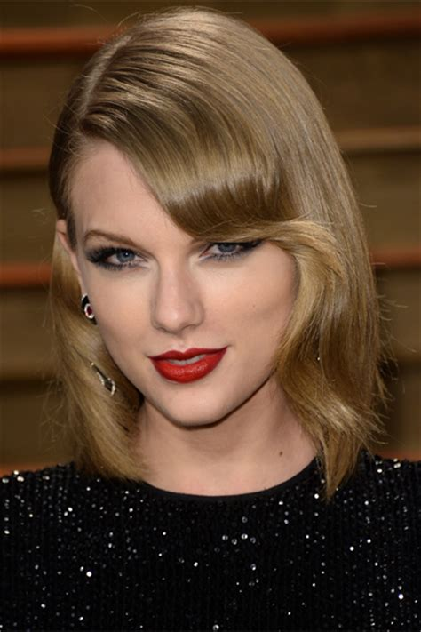 taylor swift lob haircut how the best celebrity long bobs in the game daily makeover
