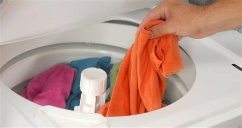 wash color clothes in or cold water wash clothes in cold water to save energy gogo laundry
