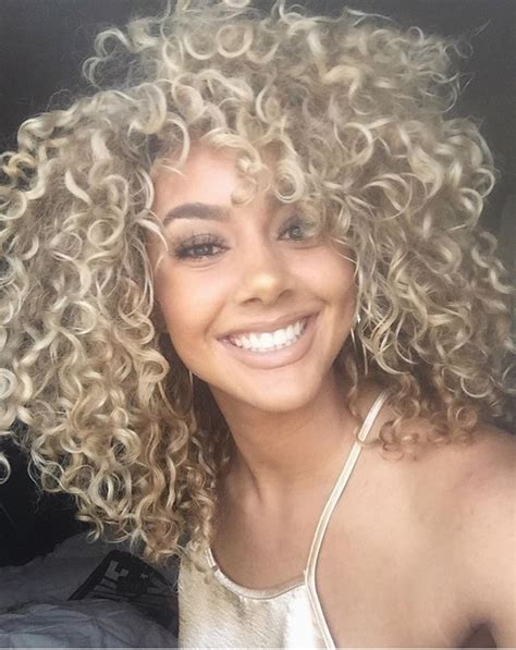 hairstyle for gray thin wavy hair 54 nice cute curly hairstyles for medium hair 2017