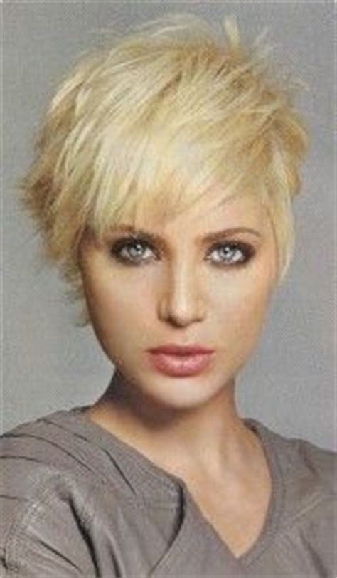 short pixie hair covers eard pixie haircuts that cover ears haircuts oshlo