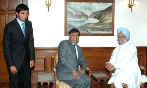 nostradamus biography in hindi 13 june 2005 manmohan singh manmohan singh wikipedia