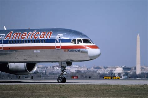 united airlines american airlines file boeing 757 223 american airlines an0290718 jpg wikimedia commons