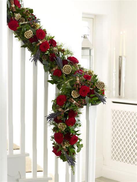 christmas garland decorations ideas    season feed inspiration