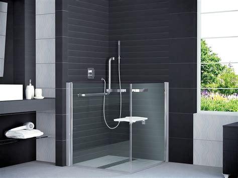 barrierefreies badezimmer design duschkabine behindertengerecht modern badezimmer