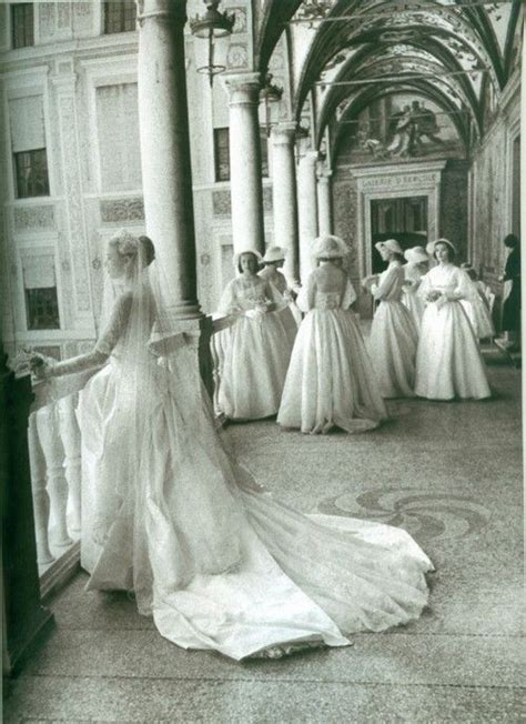 25  Best Ideas about Grace Kelly Wedding on Pinterest   Le