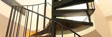 wenteltrap installeren trap expert west vlaanderen nieuwe trappen en