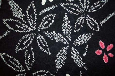 B585 Flower Pattern Kimono Outer black rinzu silk haori with lavish yokobiki konoko shibori