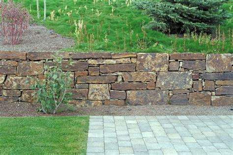 cottage retaining wall blocks 48 with cottage