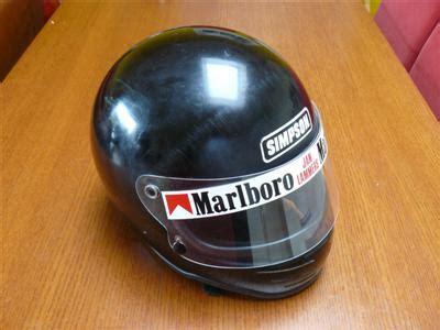 Sticker Van Helm Verwijderen by Helmet