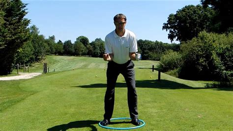 body swing golf feel the correct body turn in the golf swing youtube