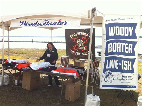 woody store open on lake dora classic boats woody boater - Boat Store Open Today