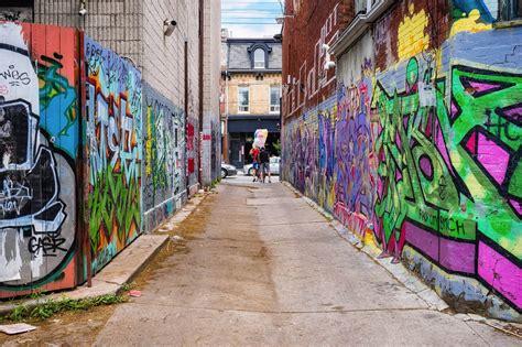 torontos graffiti alley  host huge street party