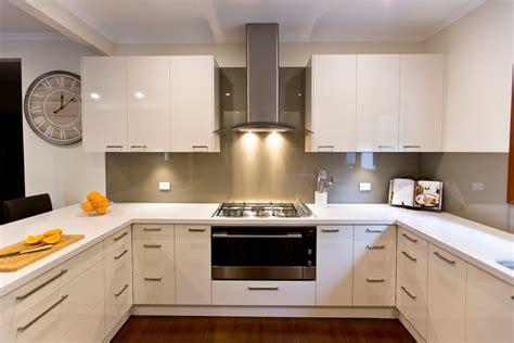 caesarstone splashback cooktop kitchen renovationrelaxed carefree kitchen update