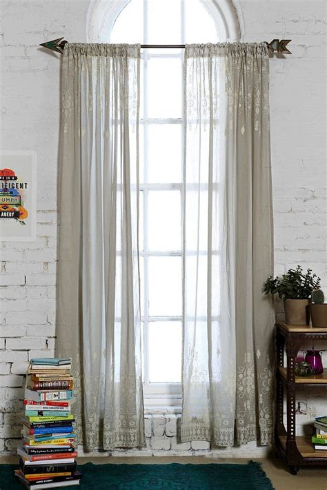 Magical Thinking Curtains Magical Thinking Henna Curtain Outfitters Henna And Curtains For Bedroom
