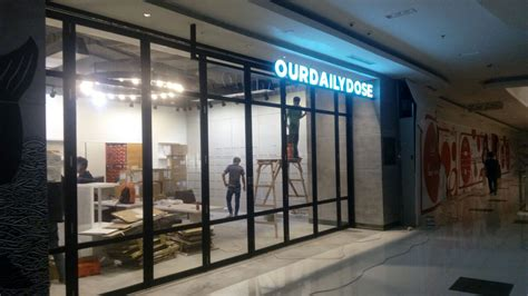 Jual Rolling Door Murah Jakarta Besi Galvanis Alumunium Onesheet jasa pemasangan kusen pintu aluminium kaca 0857 1768 1534 harga aluminium terbaru jual
