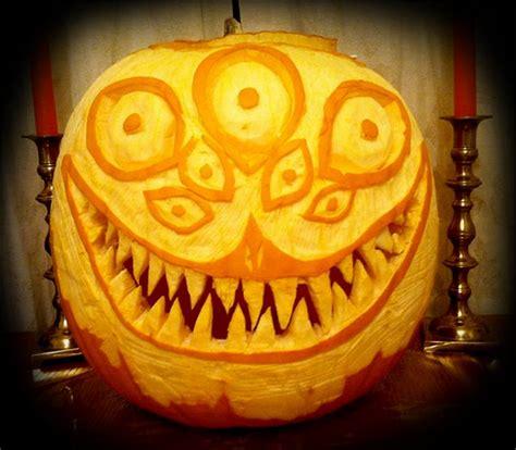 scary  creative halloween pumpkin carving ideas