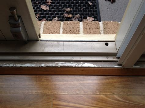 Repainting Window Sills Repairing And Repainting A Weathered Door Sill Tmz Painting