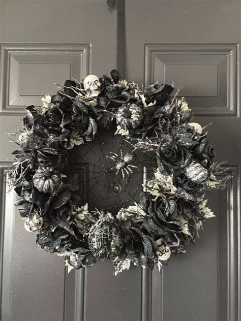 spooky home decor 16 ghostly handmade wreath ideas for spooky home decor