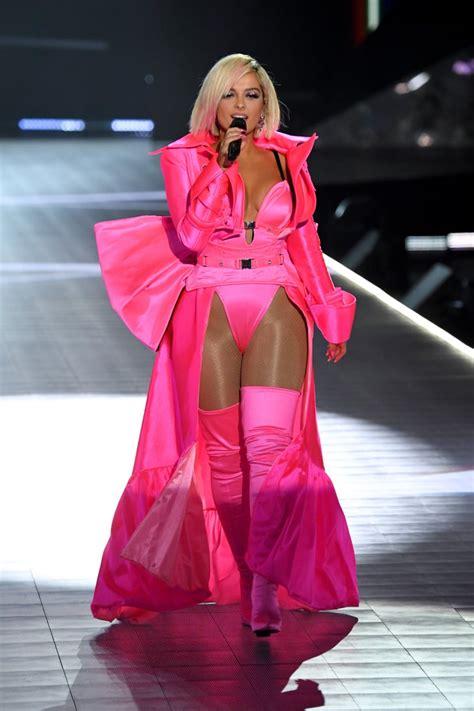 bebe rexha victorias secret fashion show pictures