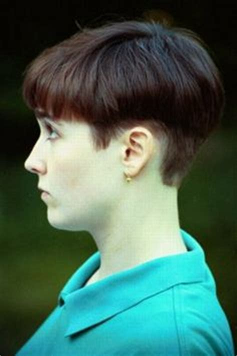 androgynous wedge hair cuts 1000 images about hair on pinterest bowl cut short