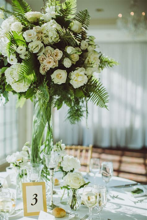 lisianthus and greenery centerpiece