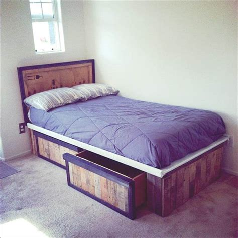 pallet bed with storage 30 pallet projects that will make you fall in love 99