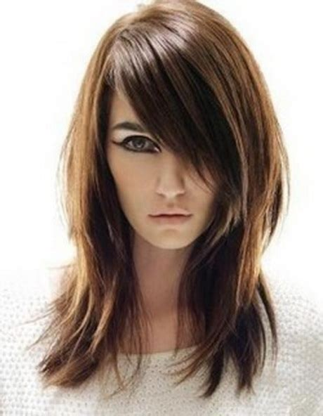 edgy hairstyles in your 40s edgy medium length haircuts