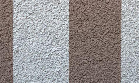 Wand Streichen Streifen Senkrecht by Garten Wandgestaltung Eine Au 223 Enwand Wird Zum Hingucker