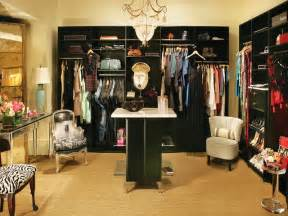 best way to organize large closet your home
