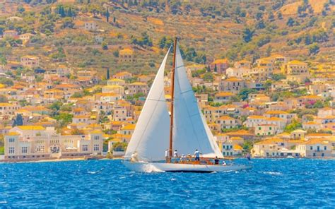 greece summer holidays guide activities and sailing - Sailing Activities Greece