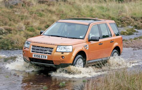 land rover freelander road buying used land rover freelander 2 4x4 magazine