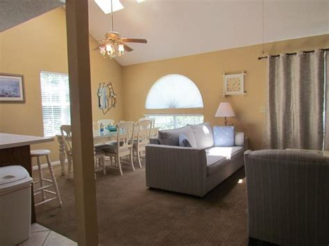 rooms to go palmetto living room picture of cumberland terrace by palmetto myrtle tripadvisor