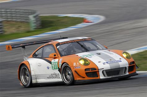 porsche hybrid 911 porsche 911 gt3 r hybrid 2 0 first drive photo gallery