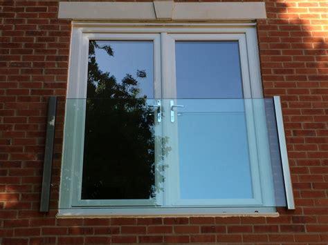 juliet balcony glass balustrades panes gap balcony systems