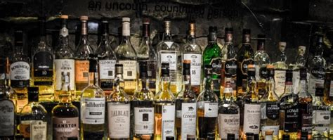 top 10 bars in edinburgh top 10 best whisky bars in edinburgh