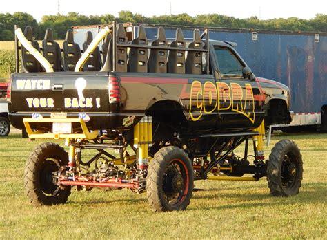 monster truck mud racing mud bogging 4x4 offroad race racing monster truck race racing