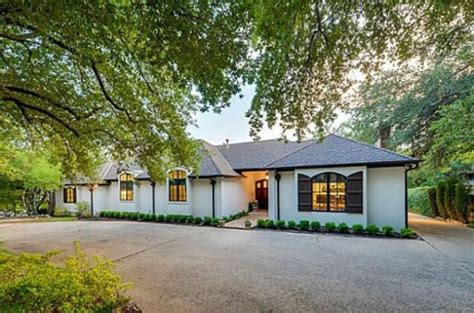 casa cuck chuck norris coloca sua casa a venda por 1 2 million