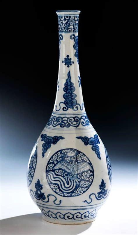 Blue White China Vase Blue And White Phoenix Bottle Vase China Ming Dynasty